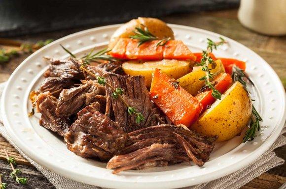 Restaurant traditionnel avec des produits de la région